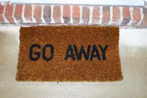 go-away-1544609